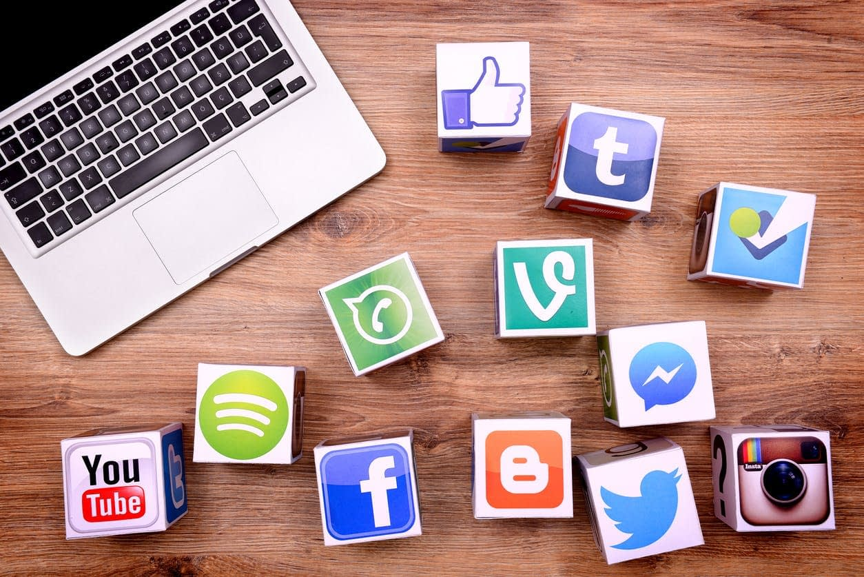Platforme social media